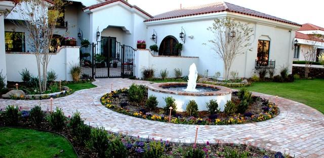 El Paso Residence Complete mediterranean-landscape