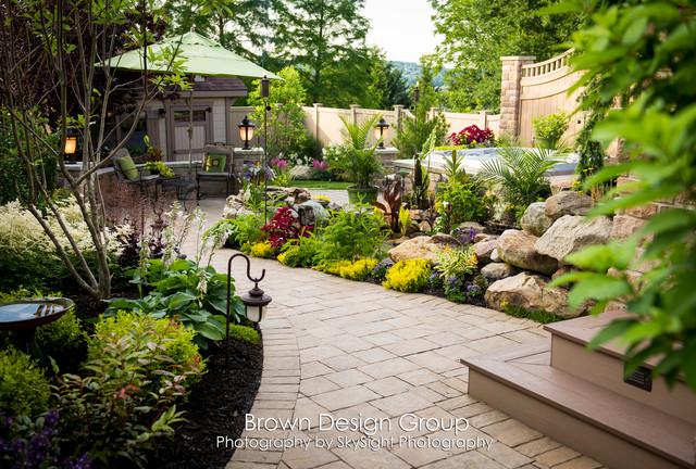 Elegant tiered garden traditional landscape other for Elegant landscaping