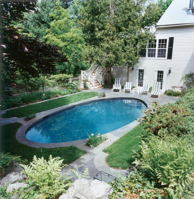 Elliptical Pool traditional-landscape