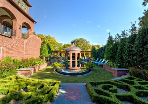8 Modern Day Gardens That Embody Formal Parterre Design