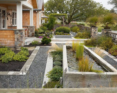 Entry courtyard traditional-landscape