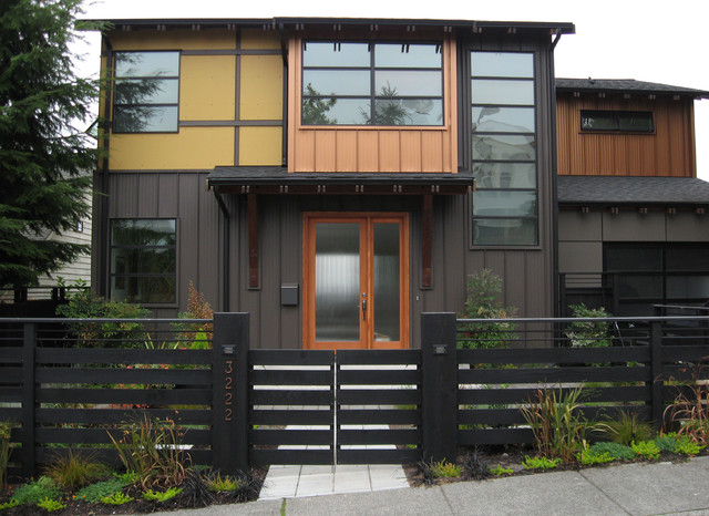 Entry gate and fence contemporary landscape seattle for Modern house gate designs philippines