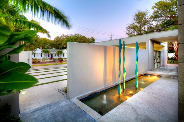 Entry Water Feature Modern Landscape Tampa By Dwy
