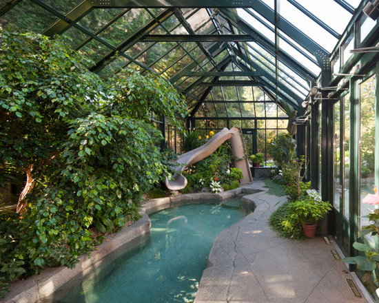 Estate Greenhouses and Garden Rooms -
