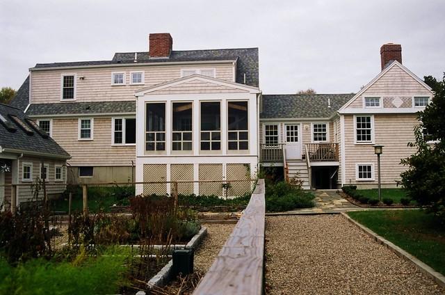 duff exterior 2 traditional-landscape