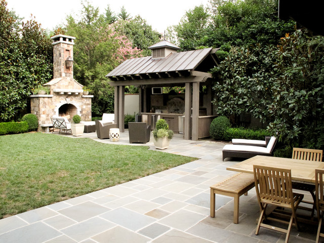 Fairview Rd Residence traditional-landscape