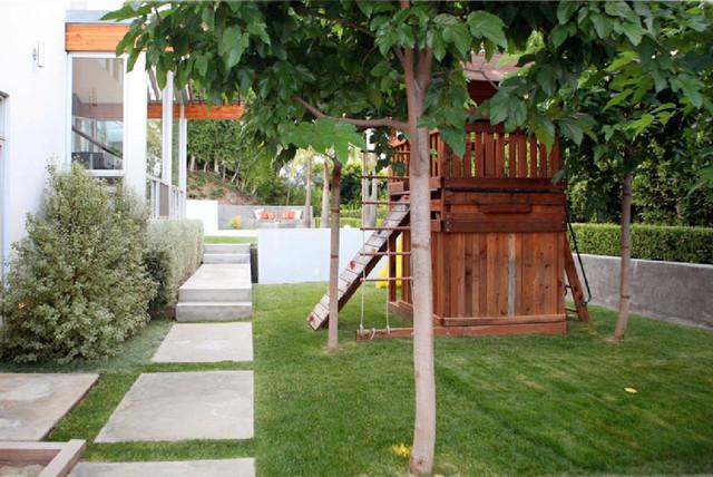 FCB:Design (Markus Canter) Project: Savona Road, Bel Air, CA 90077 modern-landscape