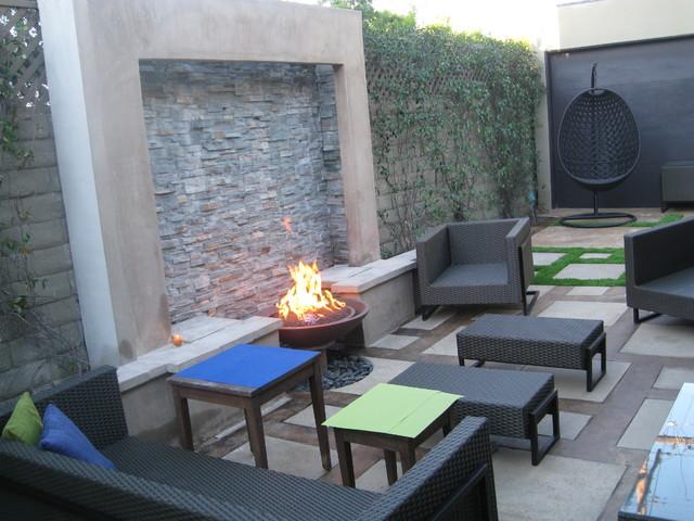 Fire Water Feature Schaefer Residence Modern