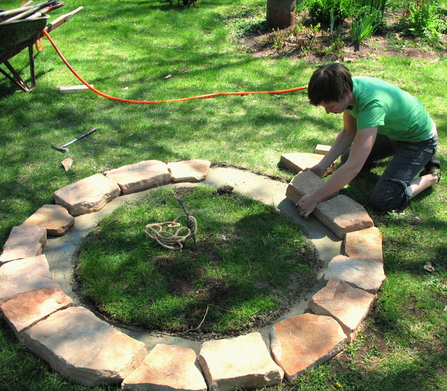 fire pit diy. Black Bedroom Furniture Sets. Home Design Ideas