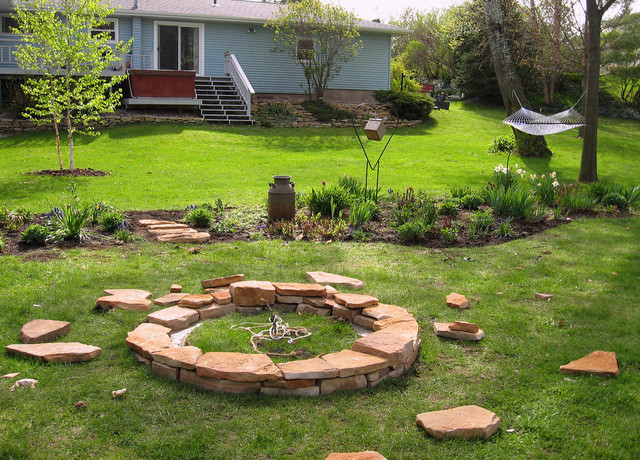 Fire Pit DIY contemporary-landscape