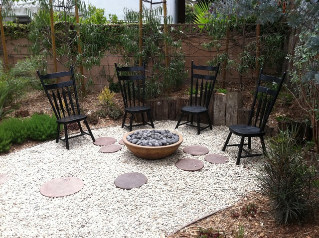 Fire pit modern landscape los angeles by stout for Landscaping rocks in los angeles