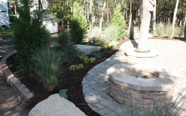 Fire Pits traditional-landscape