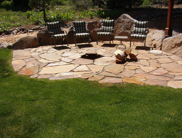 Flagstone Patio   Firepit Traditional Landscape