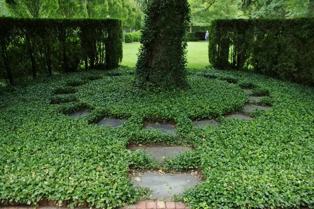 Formal Garden Design 7 exquisite formal gardens Garden Design With Formal Garden Design Traditional Landscape Chicago By Www With Backyard Vegetable Garden Design