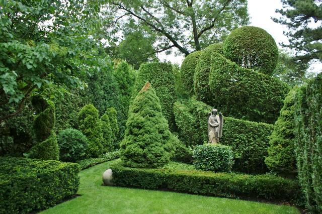 Beau Formal Garden Design   Traditional   Landscape   Chicago ...