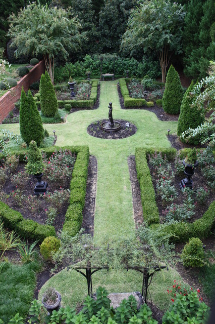 Formal Garden Traditional Landscape