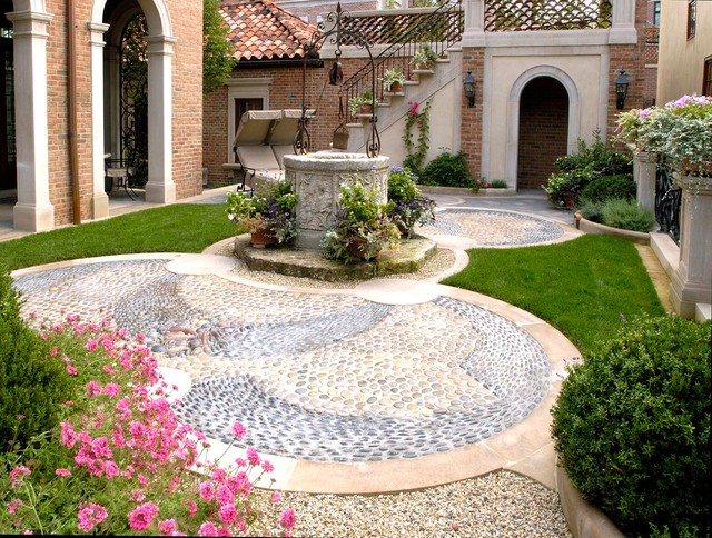 Formal italian garden mediterranean landscape for Landscape design chicago