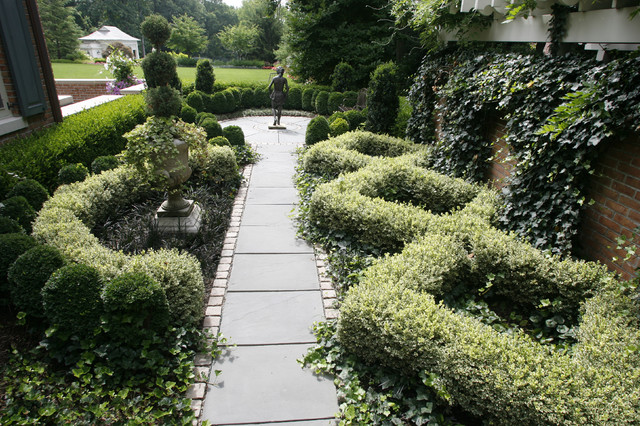 Formal knot garden traditional landscape new york for Landscape design new york