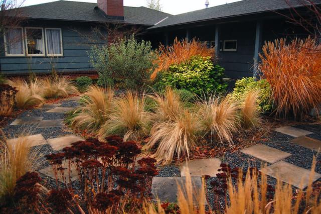 Forman Frontyard Contemporary Landscape Portland