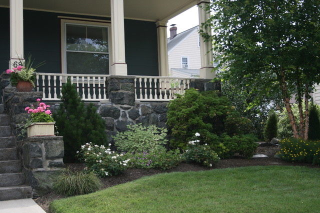 Foundation plantings contemporary landscape boston for Foundation garden designs