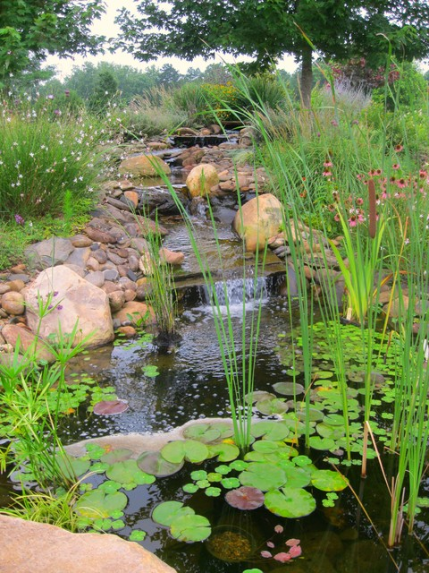 Fountains, Streams, Ponds traditional-landscape
