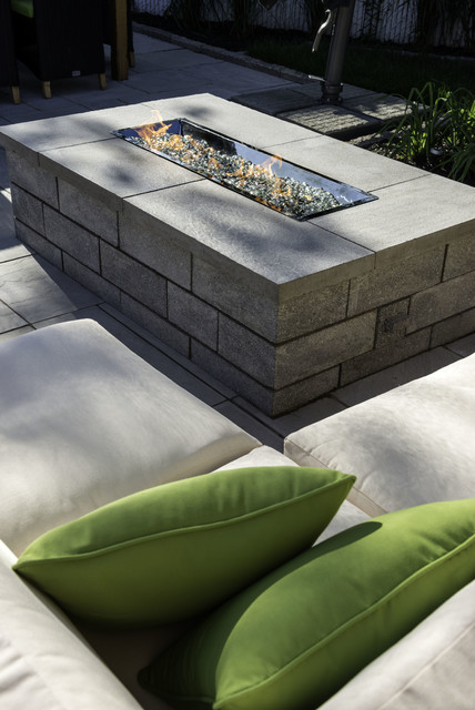 Foyer ext rieur au propane outdoor firepit contemporary for Foyer d exterieur