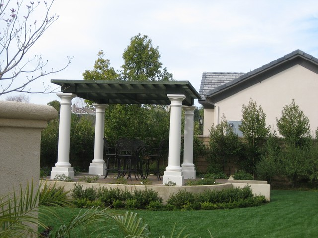 Freestanding Structure traditional-landscape