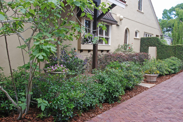 French country style garden traditional landscape for Houzz landscape architects