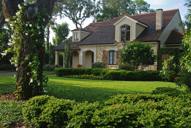 French country style garden traditional landscape for Traditional landscape