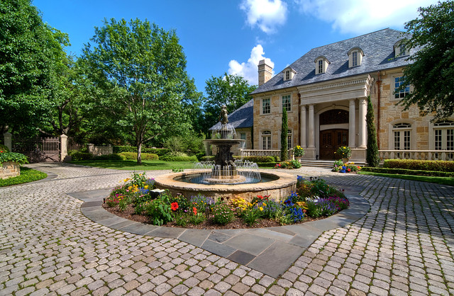 Luxury Estate Property - Traditional - Landscape - Dallas ...
