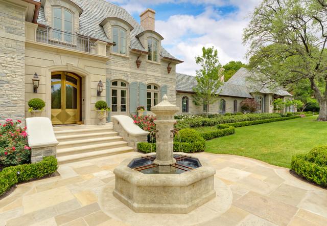 French Casual Classique Jardin Dallas Par Harold