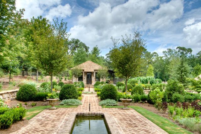 From Pre-Fab to Farmhouse farmhouse-landscape