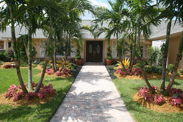 Front entance landscaping tropical landscape miami for Florida landscape design