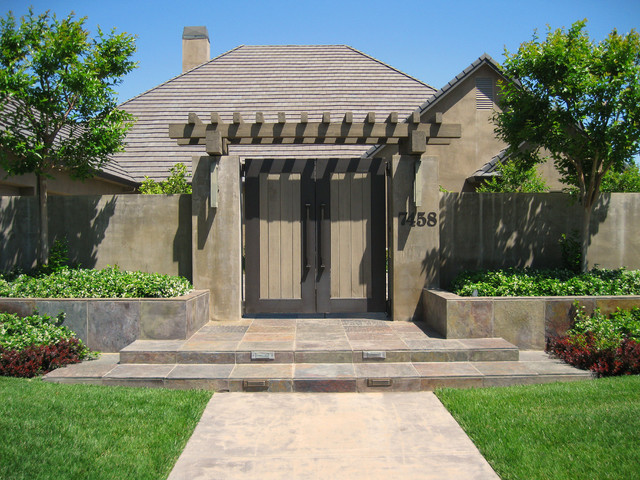 Front entry gate contemporary landscape sacramento for Modern front gate design