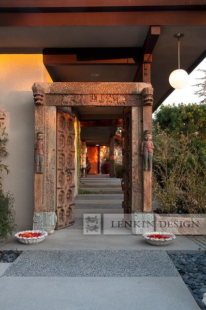 Front Entry Indian Door Contemporary Landscape Los