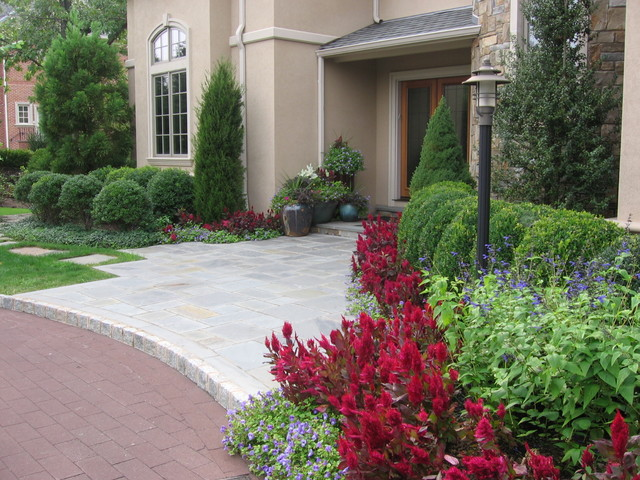 Front entry landscaping traditional landscape new for Landscape design new york