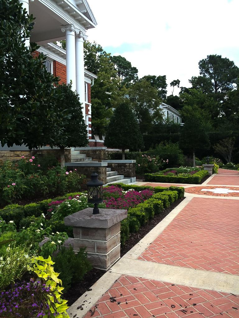 Front Garden Area