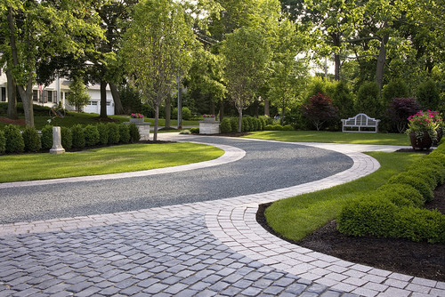 How Do The Blue Stone Chips Adhere To Asphalt Driveway