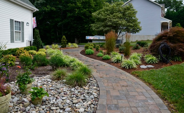 Superieur Front Yard Curb Appeal   Huntingtown Traditional Landscape