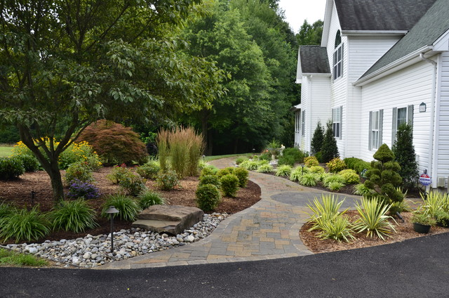 Front yard curb appeal huntingtown traditional for Curb appeal garden designs