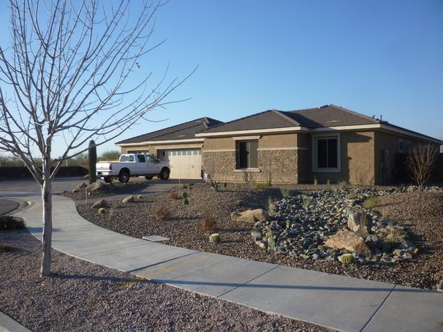 front yard desert landscape. Black Bedroom Furniture Sets. Home Design Ideas