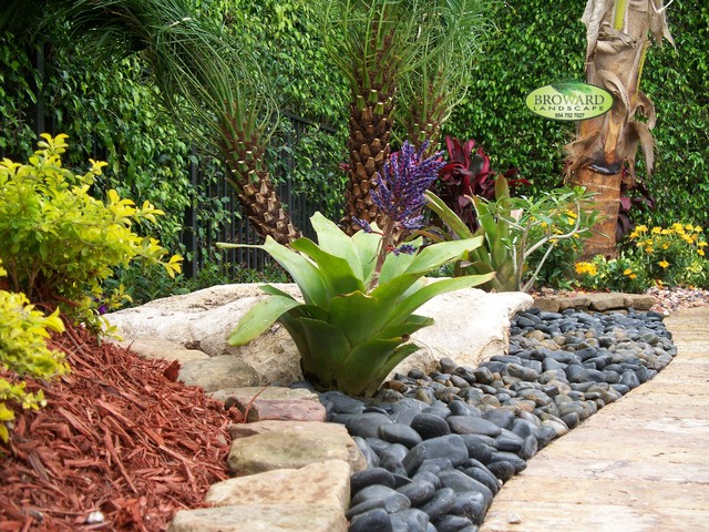 Good Front Yard Tropical Landscaping Ideas Part - 14: Front Yard Landscape Tropical-garden