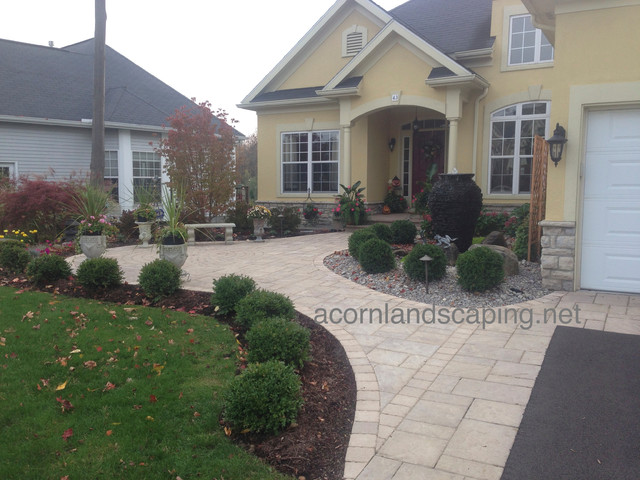 front yard landscape designs ideas plantings walkways installations plants traditional. Black Bedroom Furniture Sets. Home Design Ideas