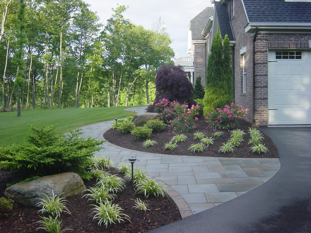 Front Yard Landscape in Bolton, CT traditional-landscape