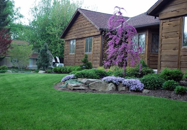 Front Yard Landscapes Rustic Landscape Cleveland
