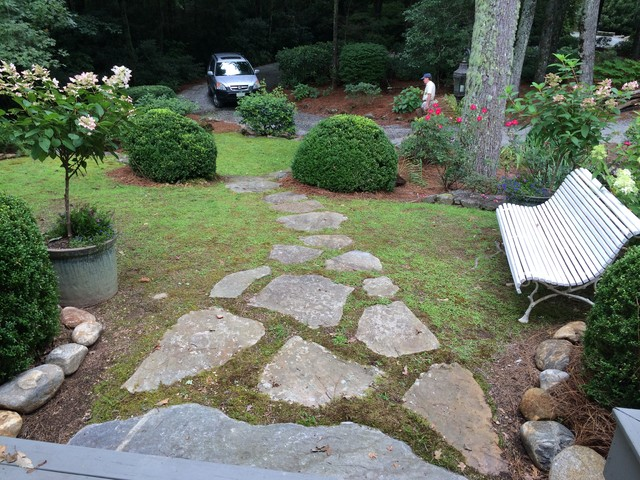 Attirant Front Yard Landscaping    Including Pavers    For A Historical Mansion In  Wester Traditional