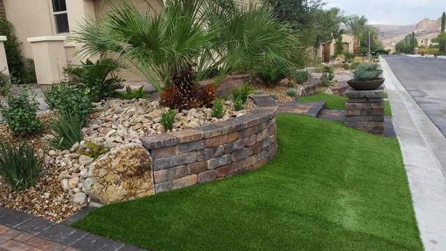 Front yard landscaping mediterranean landscape las for Las vegas stone yards