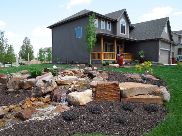 Front yard water feature for Front yard garden designs with water feature