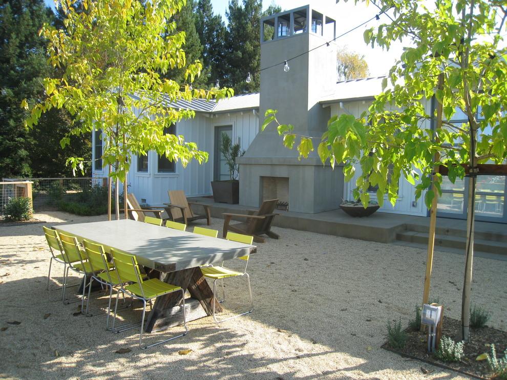 Landhausstil Garten mit Kamin in San Francisco