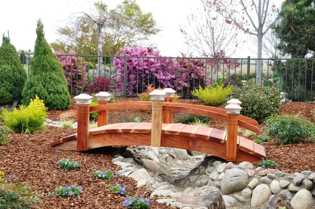 Garden Bridge Contemporary, Redwood Garden Bridges